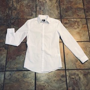 H&M Classic White Button Up Long Sleeve Blouse